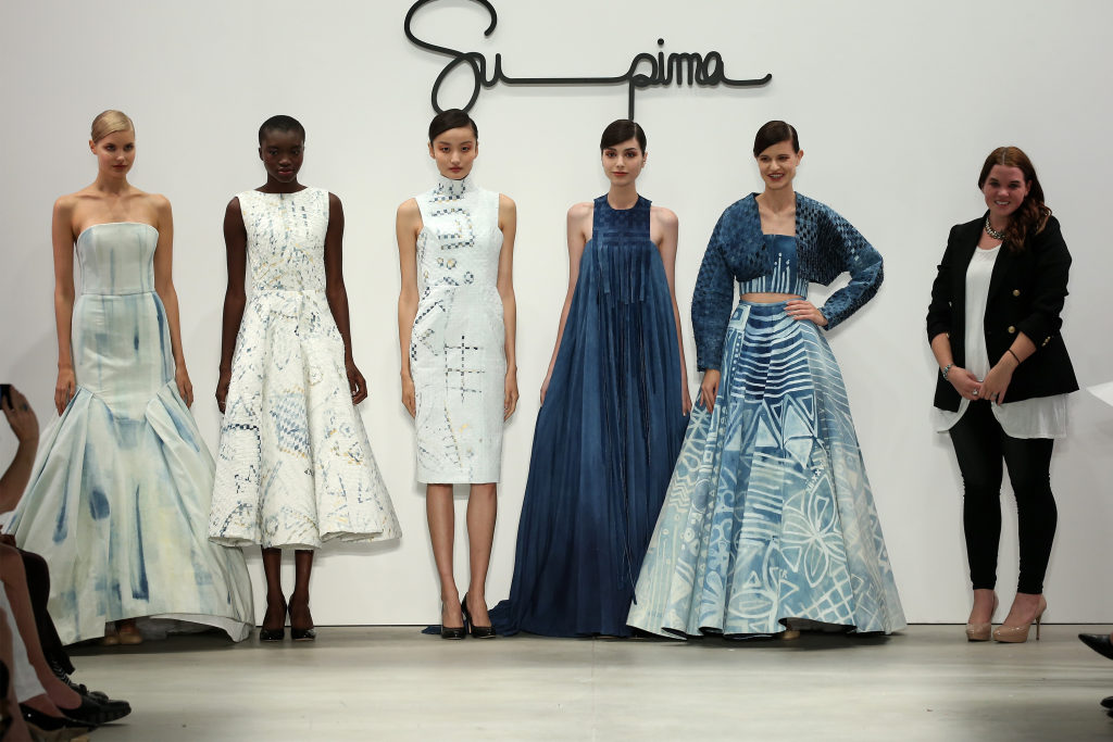 Competition between fashion designers to show their best skills in designing and creating unique clothes. Take part and win amazing prizes showing us your art! Monthly fashion sketches contests.