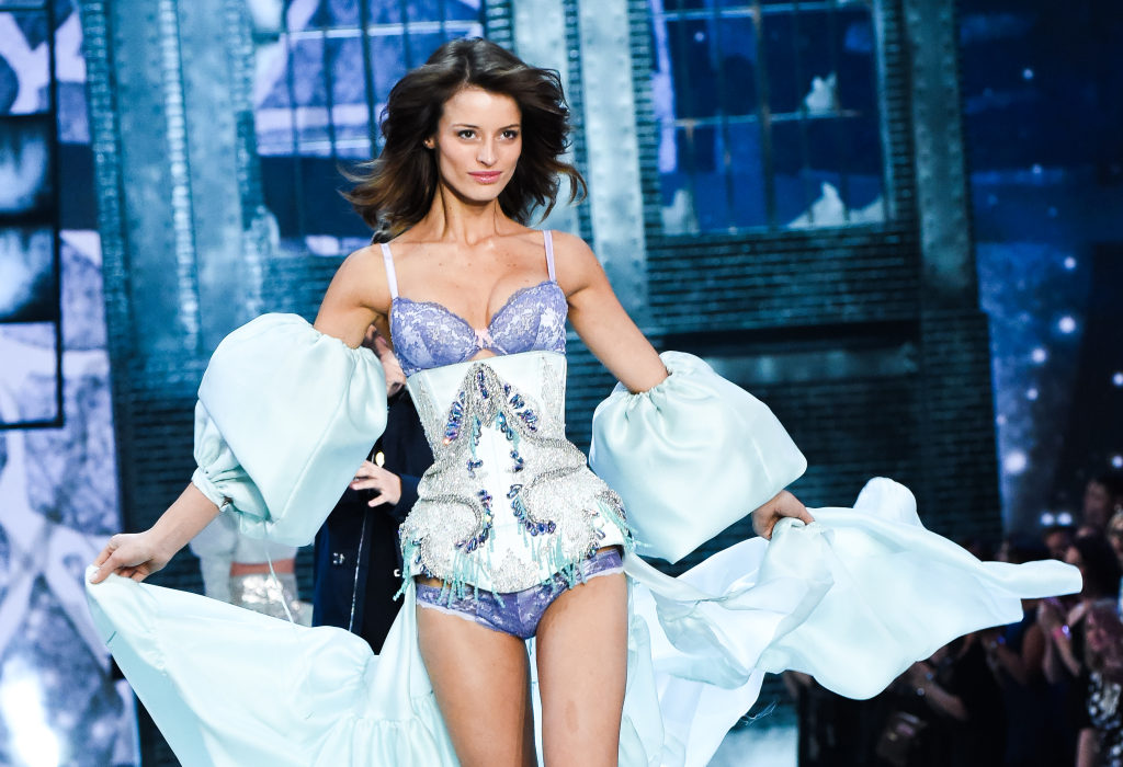 VICTORIA'S SECRET and SWAROVSKI Light Up NEW YORK | What We Adore