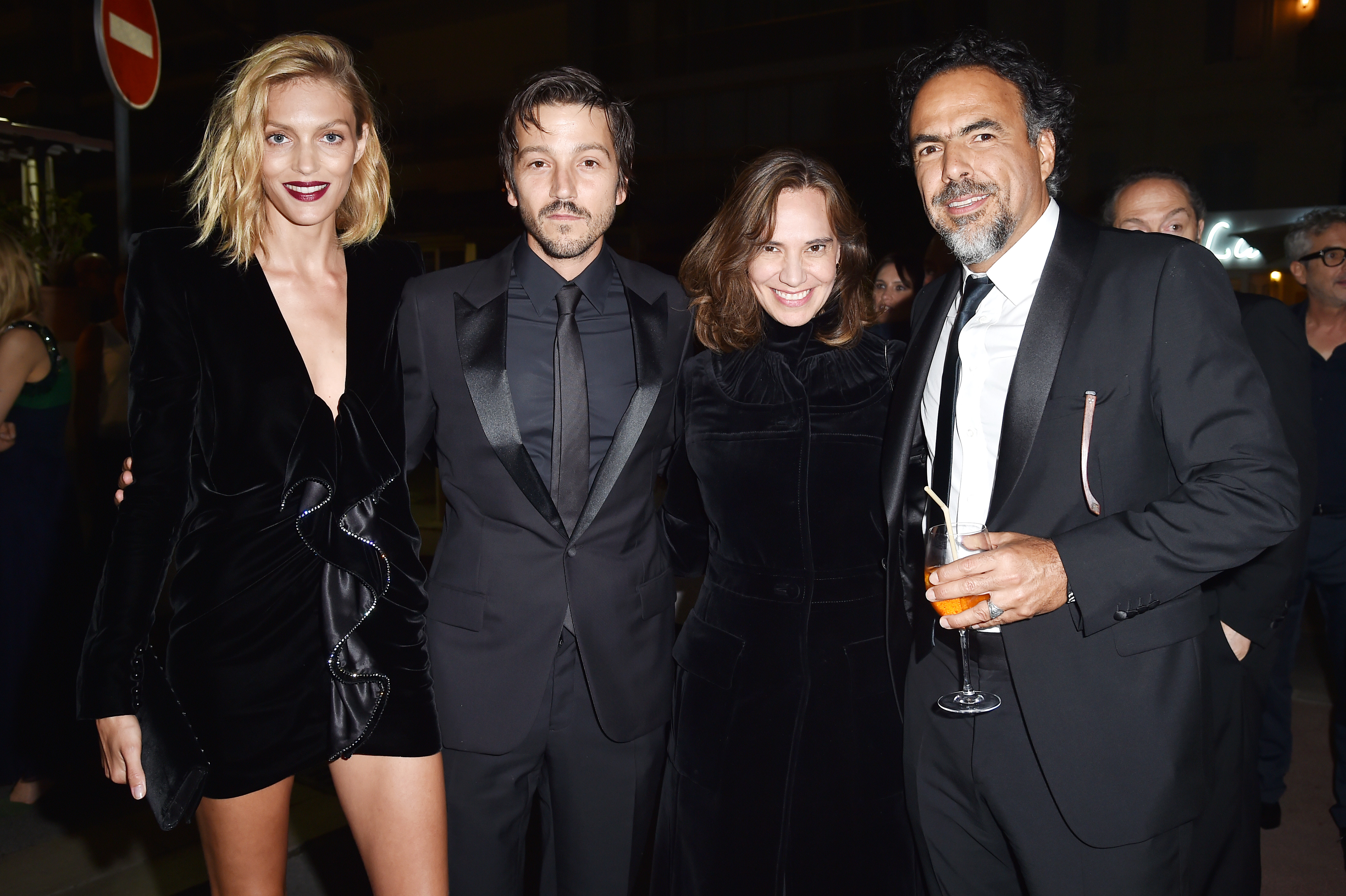 CANNES, FRANCE - MAY 22:  Anja Rubik, Diego Luna, Daniela Michel  and Alejandro Gonzalez Inarritu attend Prada Private Dinner during the 70th annual Cannes Film Festival at Restaurant Fred L'Ecailler on May 22, 2017 in Cannes, France.  (Photo by Jacopo Raule/Getty Images for Prada)