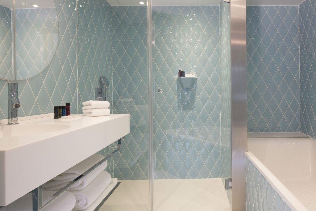 salle-de-bain-suite-1024x683