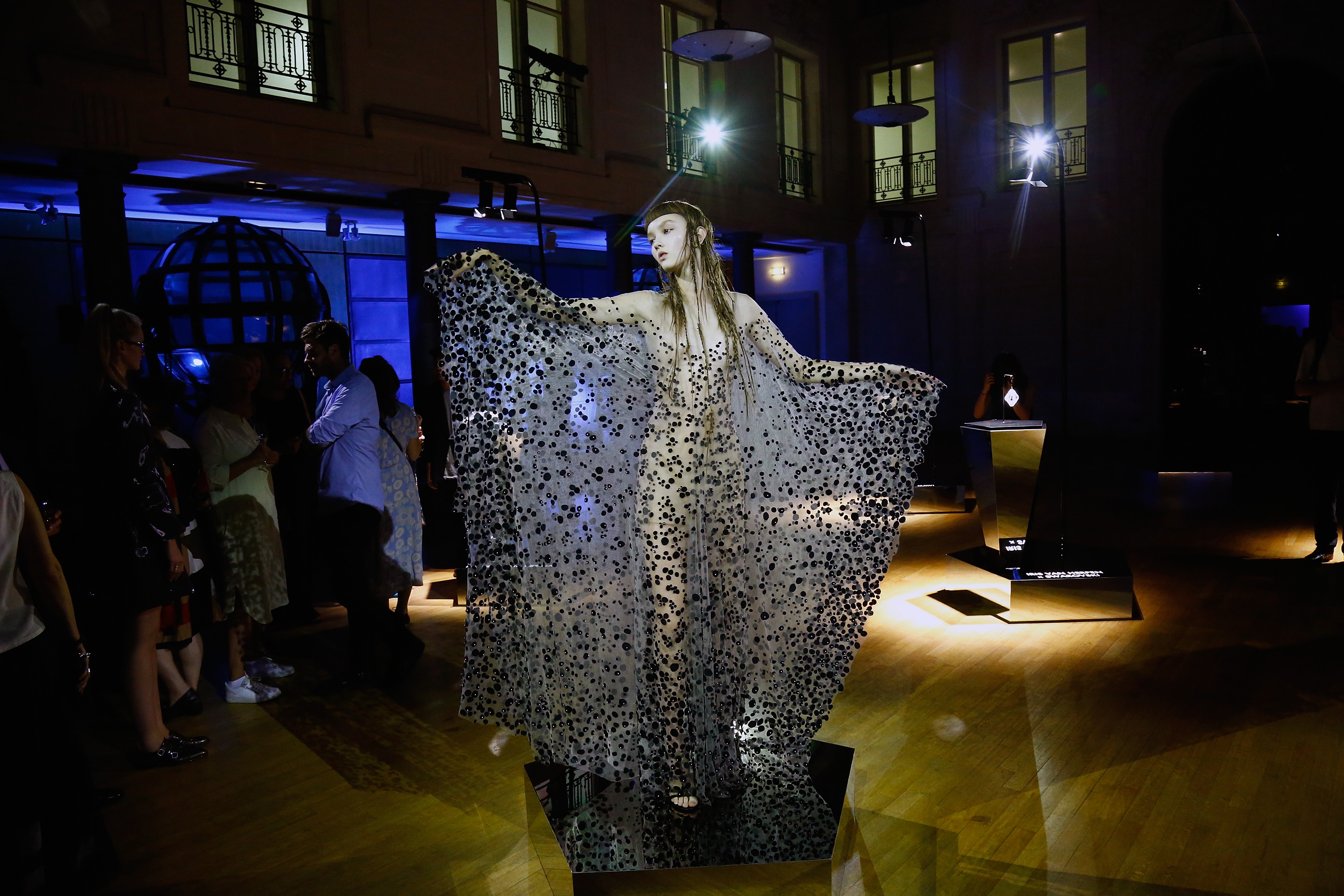 PARIS, FRANCE - JULY 03:  A dancer performs at the Iris Van Herpen X Swarovski Cocktail Haute Couture Fall/Winter 2017-2018 show as part of Haute Couture Paris Fashion Week on July 3, 2017 in Paris, France.  (Photo by Julien Hekimian/Getty Images)