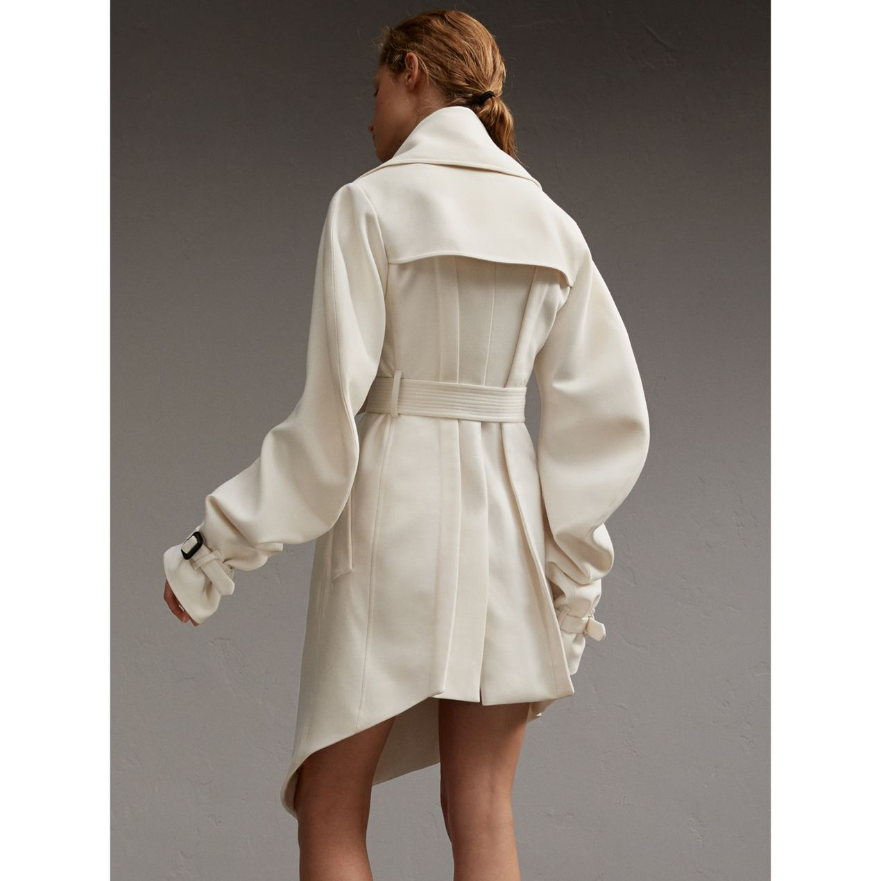 Burberry-white-coat-beyonce1