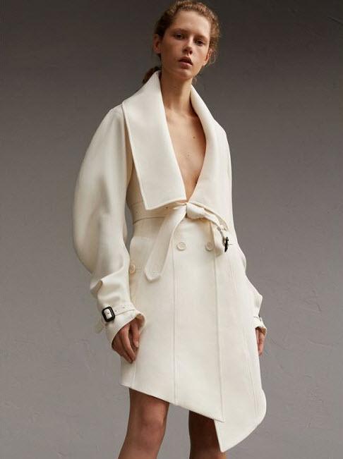 burberry-white-coat