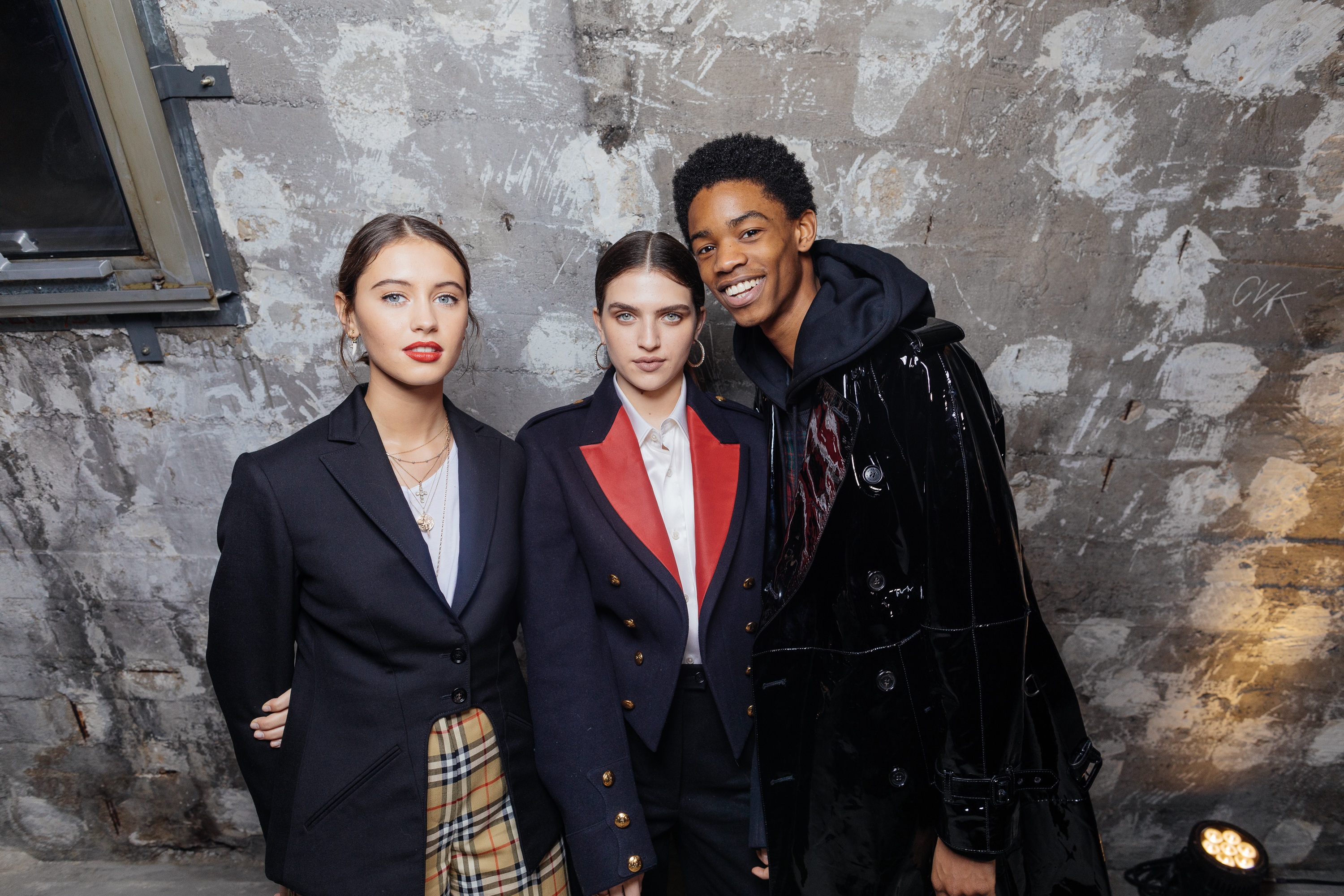 Iris Law, Mae Muller and Montell Martin at a private view of 'Here We Are' in Paris_001