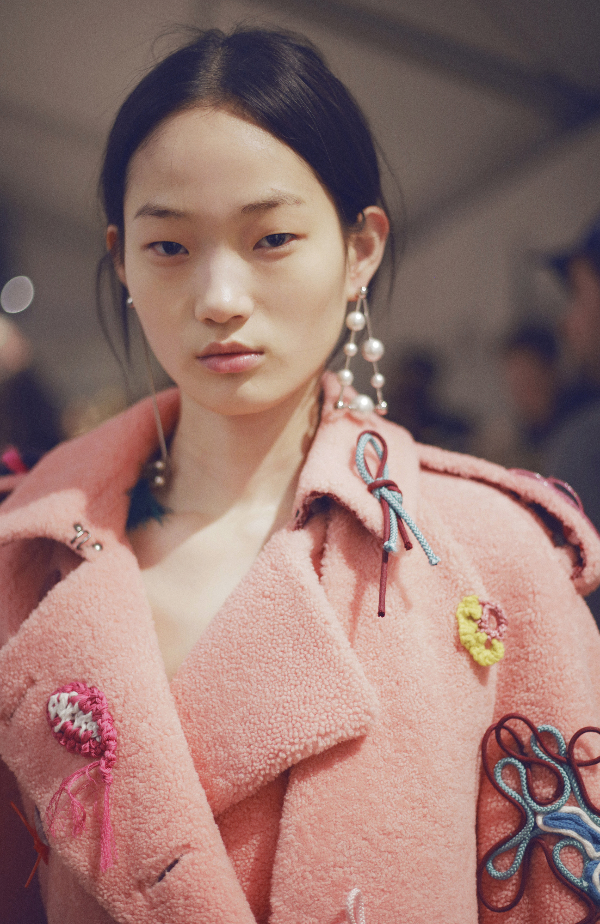Backstage at the Burberry February 2018 Show_001