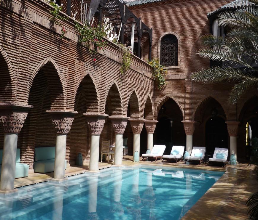 Sultana-pool
